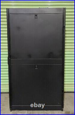 APC 42U NetShelter SX Rack Server Cabinet Network Enclosure Side Panels AR3100