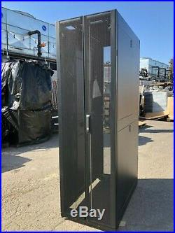APC AR3100 42U Data Center Standard Rack NetShelter SX Server Cabinet Enclosure