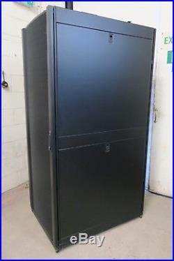 APC AR3150 Netshelter SX Deep 42U 750mm x 1070mm Server Rack Cabinet Enclosure