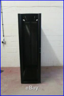 APC AR3300 Netshelter SX Deep 42U 600mm x 1200mm Server Rack Cabinet Enclosure