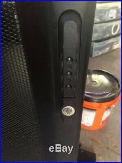 APC NetShelter AR3104 SX Cabinet 24U Server Rack Enclosure +Keys 600mm X 1070mm