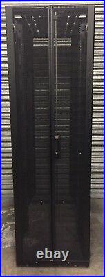 APC NetShelter SX 42U 600 x 1200 Rack Server Cabinet Enclosure AR3300