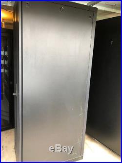 APC NetShelter Server Rack Cabinet 42U Enclosure Sides Doors Locks AR2800BLK