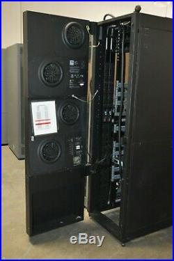 APC Netshelter Server Rack Cabinet Enclosure with Rack Air Removal Unit & APC PDU