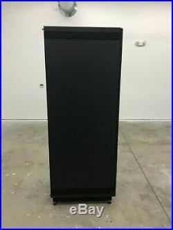 DELL 7142 SERIES 42U BLACK SERVER CABINET RACK ENCLOSURE With SIDE PANEL VRIS38S