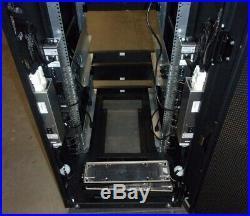 EMC T-RACK 1 046-002-421-A07 VNX5300 19 Rack Enclosure Server Cabinet SEE NOTES