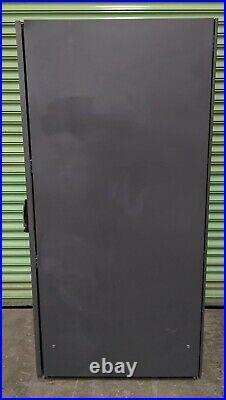 HP 10642 42U Server Rack Cabinet Enclosure With Side Panels & Fan 245169-001