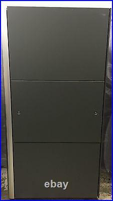 HP 10642 G2 42U Server Rack Cabinet Enclosure With Side Panels 383573-001