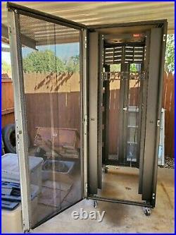 Hoffman ProLine ConnekTek Network Server Rack Cabinet Enclosure 42u Wheels Used