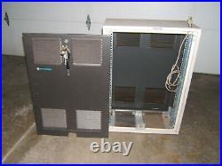 Motorola Two Way Radio 19 Rack Mount Metal Locking Cabinet Enclosure