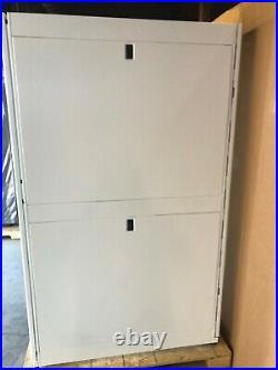 New APC AR3300W NetShelter SX 42U Server Rack Enclosure White 600mm x1200mm