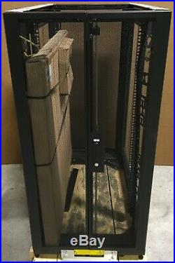 Tripp Lite SmartRack 25U Rack Enclosure Server Cabinet 3000Lbs 23.6x49 SR25UB
