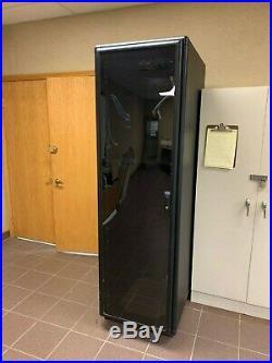 Tripp Lite Sr42ub Rack Enclosure Server Cabinet 42u