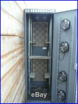 Used LodgeNet rolling Network Server Cabinet Rack Enclosure w Door Lock no Key